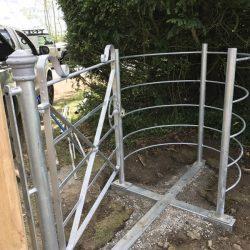 kissing-gates